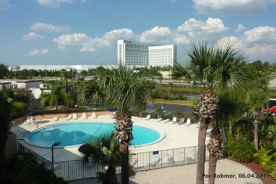 Days Inn Orlando Convention Center/International Drive: Vista do pavimento do Hotel