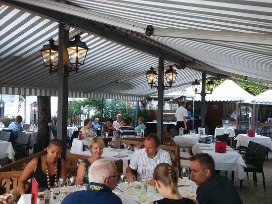 Terrace at Romantik Hotel Mont-Blanc Au Lac: Terrasse