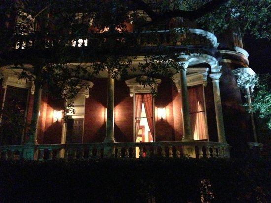 Savannah Hauntings Ghost Tour: Kehoe House
