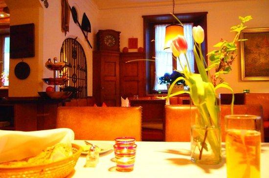 Romantik Hotel Markusturm: レストランの雰囲気