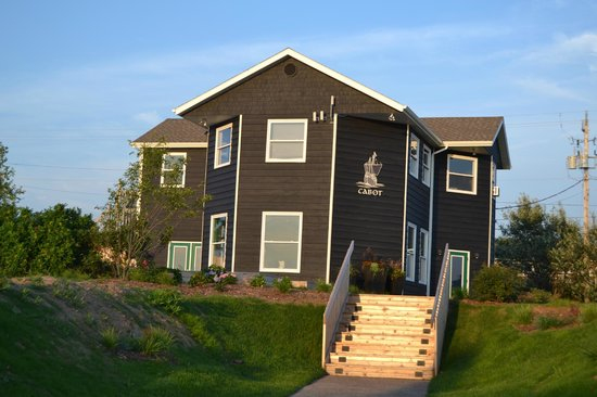 Cabot Links Resort: The Public House (on site restaurant)