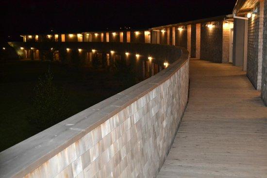 Cabot Links Resort: The resort at night