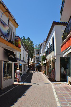 Hotel Lima Marbella: Old City