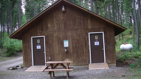 Timber Wolf Resort: exterior of washroom