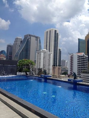 Admiral Premier Bangkok by Compass Hospitality: on a sunny day