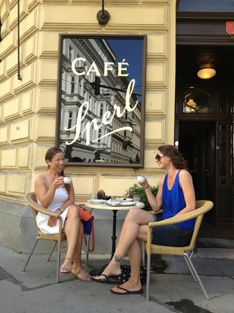 Cafe Sperl : Best seat in the house! (Warm weather of course!)