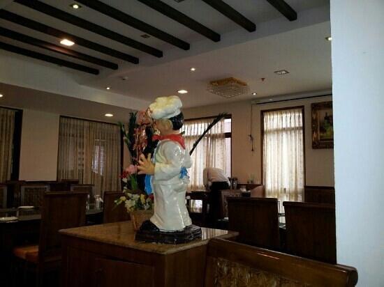 JC Residency Madurai : The dining area