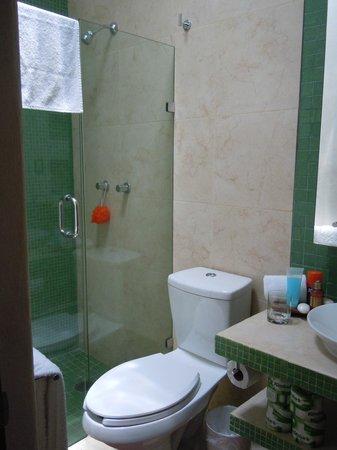 Guidos Boutique Hotel : Bathroom