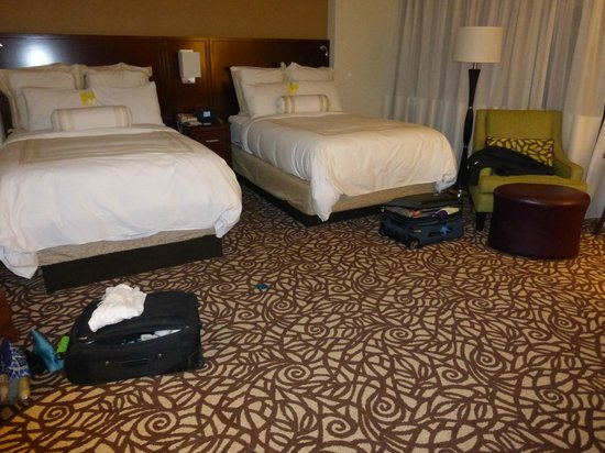 Portland Marriott City Center: Really nice beds, pillows, and linens
