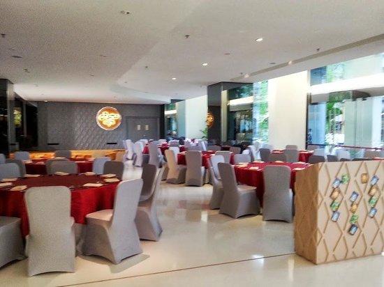 Vivatel Kuala Lumpur : hotel cafe