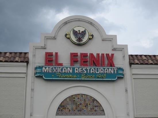 El Fenix Famous Mexican Restaurant