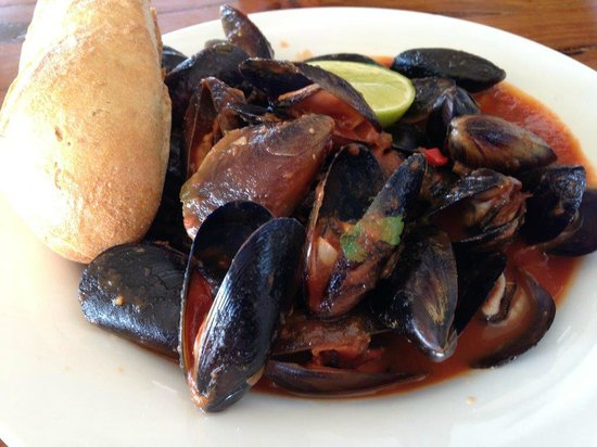 Cheeky Monkey Brewery and Cidery: Chilli Mussels