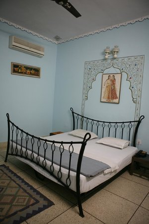 Hotel Megh Niwas: super deluex room