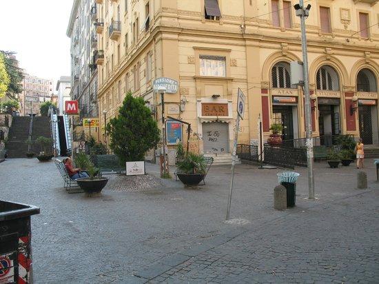 Hotel Cimarosa: Hotel nel centro del Vomero