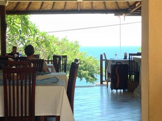 Barong Cafe Bungalow and Restaurant: vue du restaurant