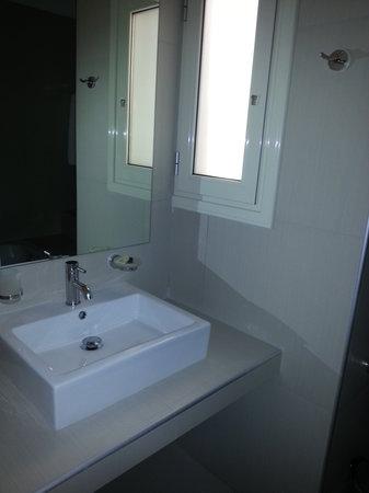 Phidias Hotel: bagno