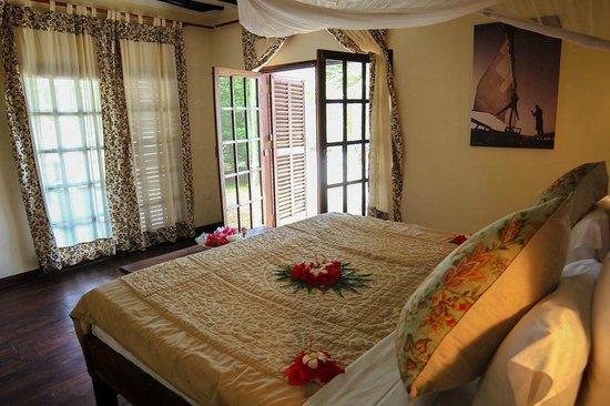 Anna of Zanzibar: Master bedroom
