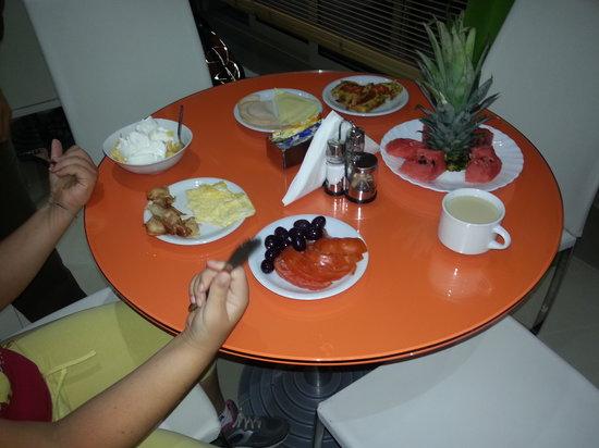 Phidias Hotel: colazione