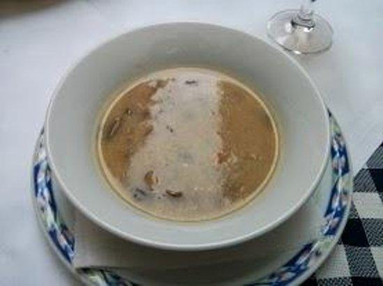 Taverna Bastia: cream mushroom soup