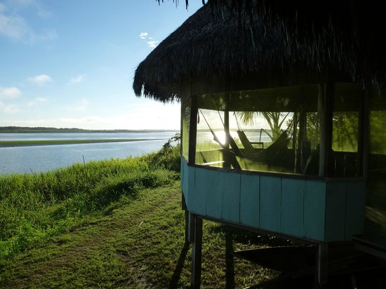 Llaquipallay Lodge and Expeditions : the rest area with hammacks