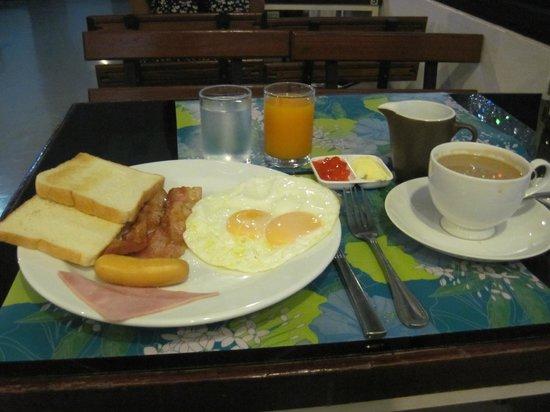 LemonSeed Rooms: Western breakfast set