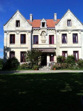 Chateau Lavergne-Dulong - Chambres d'hotes : le chateau