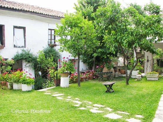 Villa Konak Hotel: garden
