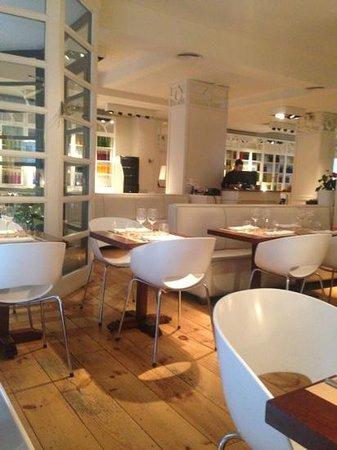 سيوتات دي جيرونا: restaurant