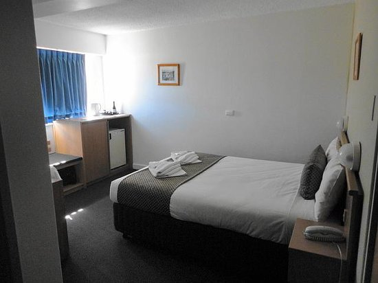 Metropolitan Motor Inn: Comfy bed