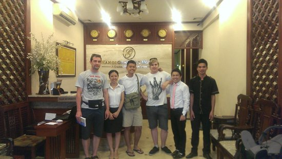 Hanoi Graceful Hotel: The staff, other guests and myself. A happy crew