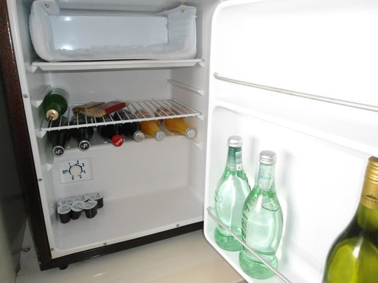 Mercure Wellington: room 611 plenty in the minibar