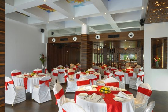 Yogi Metropolitan : Occasions The Banquet