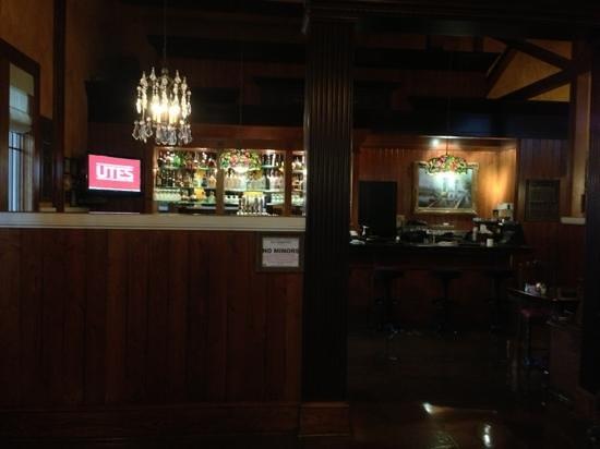 The Old Spaghetti Factory : bar area