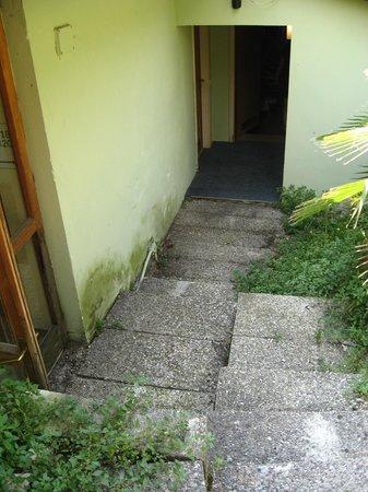 Centro Vacanze La Limonaia: Blick von der Treppe aus