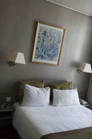 Moris Hotel: Chambre