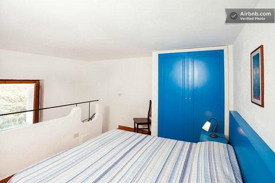 Freedom Holiday Residence : Camera con letto matrimoniale