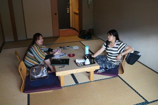 Ishiuchi Yung Parunas: 和室タイプの客室 普通です