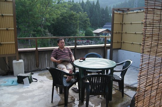 Ishiuchi Yung Parunas: 客室のベランダ かなり広い