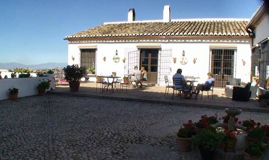 Hotel La Fuente del Sol: petit déjeuner et diner terrasse