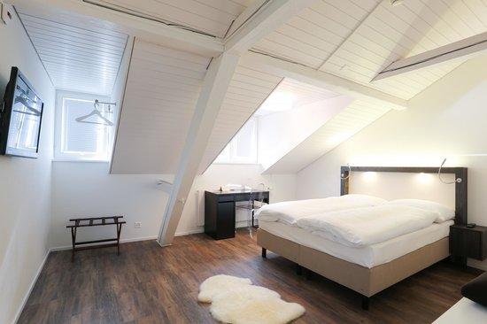"""Hotel Schäfli Uzwil: """"Ram`s Room """" - Widder Zimmer"""