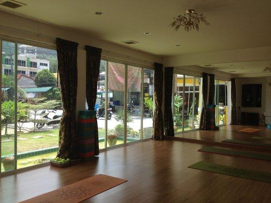 Anantra yoga Patong