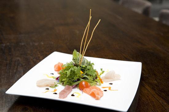 Noohn -Restaurant-Lounge- Bar: Sashimi