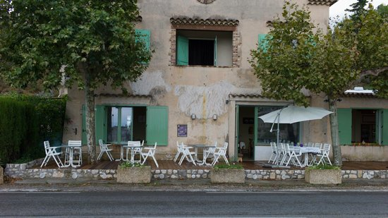 Le Sansot : Front of the restaurant