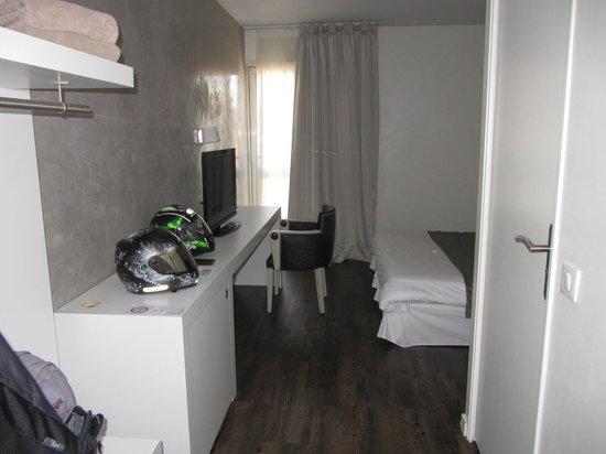 Hotel Agora : la grande chambre