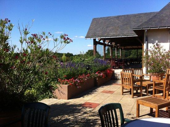 Golf de Sable-Solesmes: La terasse du restaurant