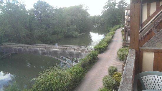 Le Manoir des Deux Amants : Another view of the Seine