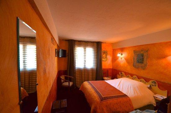 HOTEL DU PARC : La nostra camera