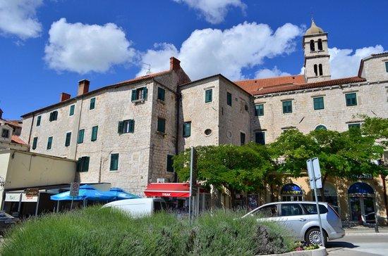 Crkva i samostan sv. Frane: 聖フランシスコ教会