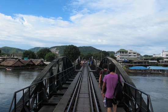 Crossing the Bridge from Felix River Kwai's side