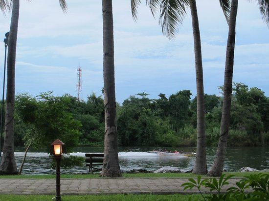 Felix River Kwai : View from Deluxe River View Room